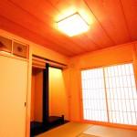新築和風住宅の真壁和室と床の間