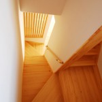 新居浜新築無垢階段、パイン