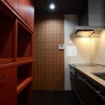 西条モダン新築 キッチン食器棚