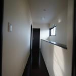 新築注文住宅の2階廊下