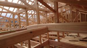 新築和風平屋住宅の小屋組み